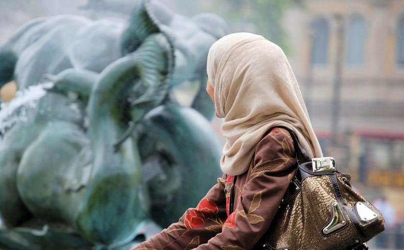 Das islamische Verbot der Zwangsehe – Und wie die Partnersuche bei Muslimen aussieht